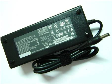5230E AC100-240V 50-60Hz 135W 19v-7.1A(compatible with 19v-7.3A) batterie